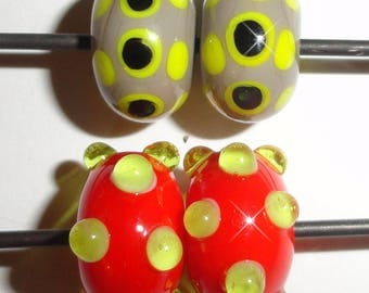 Dot Lot ...Perfect and in Pairs!...... 4  Lampwork glass beads     Beatlebaby  sra maineteam