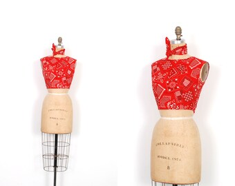 Vintage 1960s Top / 60s Bandana Print Crop Top and Scarf / Red ( XS S )