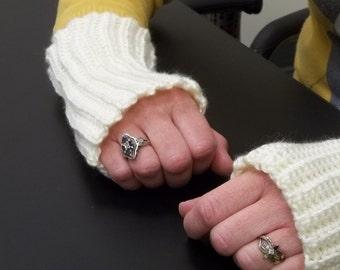Fingerless gloves, gloves, gauntlets, cream gloves, short gloves, ribbed gloves, hand warmers, handwarmers, texting gloves