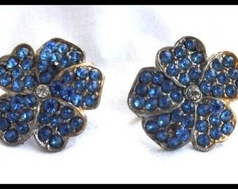 Vintage 50s Elegant Pansy Flower Earrings Blue Rhinestone Free Shipping