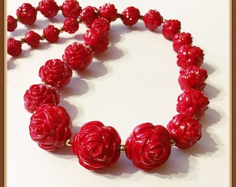 Vintage Red Rose Necklace, Graduated Beads, Adjustable, Long, 30 inches, 1980's