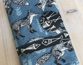 Fox Crochet Hook Case Aqua & Black Foxes Fish Spill Proof  Sewn in Zipper Pocket Clay Amour Soft Grips Denim Blue Option