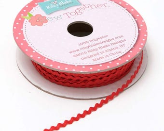 1/8 Inch Mini Ric Rac in Red by Riley Blake Designs- sold by the yard