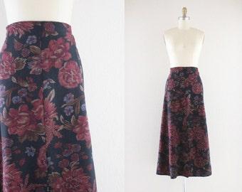 dark floral maxi skirt / M
