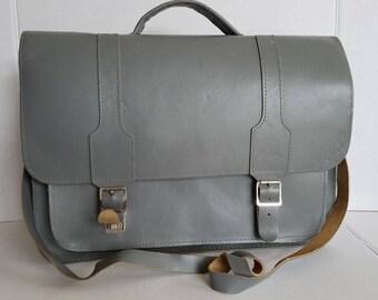 """Vintage Large Gray Leather """"Luvin"""" School Bag Shoulder Bag Briefcase"""