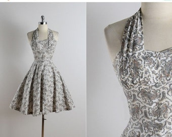 30% SALE Vintage 50s dress | vintage 1950s dress | paisley cotton halter dress xs/s | 5733