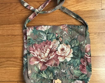 Vintage Cotton Floral Purse T.T. Bags Brown Pink Green Boho Style Bohemian Hippie Vintage Bag Fall Summer Fashion Floral Pattern Crossbody