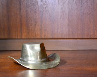 vintage brass cowboy hat / midwest home decor / southwest home decor / brass accents