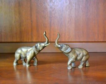 vintage brass elephant figurines / good luck brass elephants / gold tone metal home decor