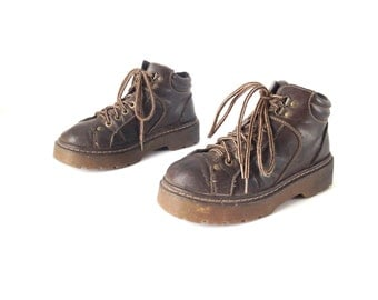 mens size 8 9 DOC MARTENS style brown leather COMBAT lace up ankle boots made in usa