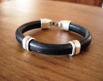 rocker bracelets, silver bracelets, bracelets for Men, bracelet design, mens fashion jewelry,  mens leather fashion, fashion bracelet