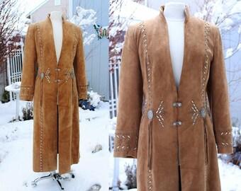 Vintage 1990's Suede Leather Southwestern Coat Buckskin Brown/Tan Size Medium Vintage REtro 90s Native American Studded Fringe Conchos