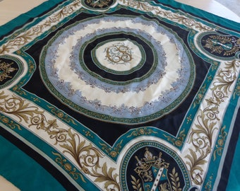Scarf beautiful  large green and white beautiful green black, gold , grey and white