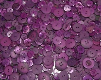 25 Purple Buttons, Grape, Assorted sizes, Grab Bag Crafting Jewelry (567)