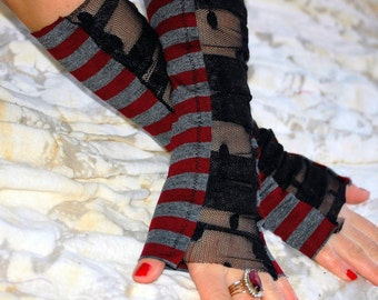 Gloves,steampunk, victorian, Tim Burton, arm warmers, fingerless gloves, stripes, women accessoires, strech, size small, winter fashion,fun