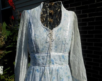Vintage Boho Gunne Sax Lace Dress Blue Roses Front Size 8  at Quilted Nest