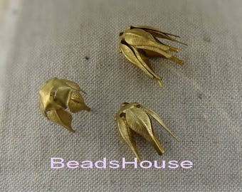 FF-600-R  8pcs (5x10mm) Raw Brass Beadcap Finfing Charms ,Nickel Free.