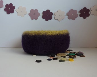 FELTED 'FUSSPOT' bowl ' Grape Harvest '  ( dark purple with lime edging) ....UK seller..ready to ship......