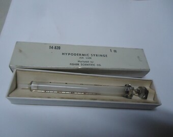 Vintage Glass Hypodermic Syringe 1 CC, AM. Luer by Fisher Scientific Co. USA., collectable