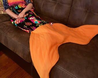 Mermaid blanket - owls orange & black
