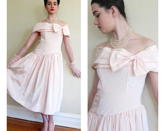 Vintage 1980s Pretty in Pink Party Prom Dress Jessica McClintock Gunne Sax / 80s Does 50s Pink Off the Shoulder Evening Dress / XS
