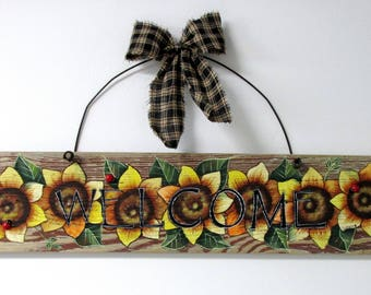 Sunflower, Welcome, Yellow Sunflowers, Tole Painted on Reclaimed Barn Wood, Summer Time Flowers, Reclaimed Wood, Red Lady Bug, Hand Painted