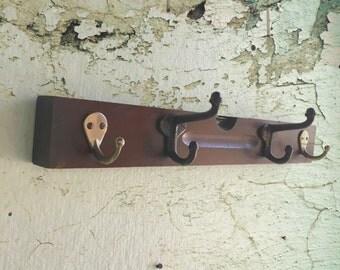 Wood Level  Wall Coat Rack Vintage Stanley  Carpenter Level Key Hanger Cast Steel Acorn Hooks Shelves Brass Plate