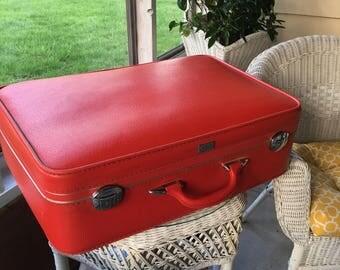 Amelia Earhart luggage, Amelia Earhart Suitcase