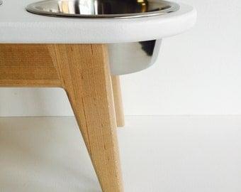 8 inch high elevated dog feeder - raised dog feeder - modern dog feeder - feeding stand - maple/white