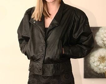 bat wing balloon sleeve vintage 80s  womens black leather  crop jacket