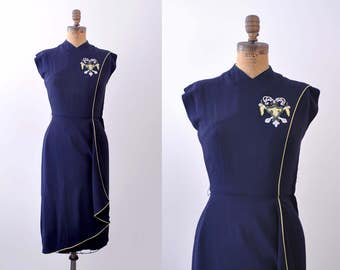 1940's navy blue dress. xs. 40's beaded dress. emblem. lime green. chartreuse. gaberdine.