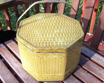 Vintage Tin Loose-Wiles Biscuit Company Basketweave Pattern Octogon Shaped Container with Handle