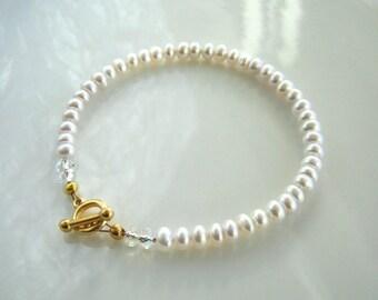 Dainty White Freshwater Pearl Bracelet White Pearl Bridal Bracelet Bridal Jewelry