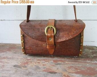 On Sale Vintage Handbag. 70s Leather Pocket book. 1960s Handbag. Studded