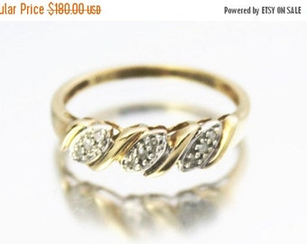 XMAS SALE Vintage Ladies Diamond Cluster Engagement Ring Yellow Gold 9ct 9k | FREE Shipping | Size N.5 / 7
