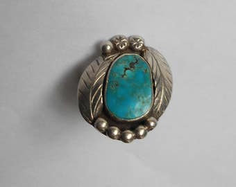 old 1960s Vintage Native American NAVAJO Indian traditional style artisan-crafted Silver & Turquoise Ring--size 7.5
