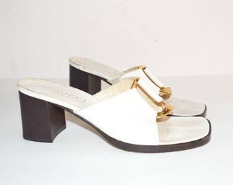 WHITE GUCCI LEATHER Mules. Open Toe Low Heel Sandal. Leather Mule Sandals. White Sandals Brown Wood Heel. Gold Metal Disc. Size 7