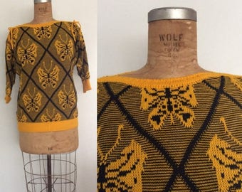 30% OFF 1970's Gold & Black Butterfly Knit Sweater w/ Bow Accents Size Medium Large XL by Maeberry Vintage