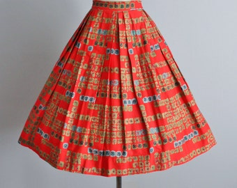 50's Skirt // Vintage 1950's Red Atomic Abstract Print Cotton Full Pleated Skirt S