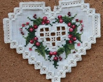 2000 Christmas in my Heart - Hardanger Heart - by Emie Bishop with card and envelope