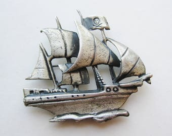 Vintage 40s Sterling Silver Art Deco Figural Pirate Ship Novelty Brooch Pin