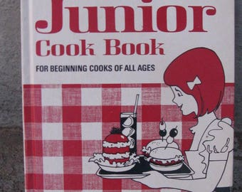vintage better homes and gardens junior cookbook 1972 pictures and illustrations hardcover