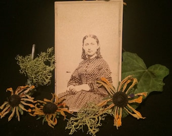 CDV Antique Photo - Woman -Civil War Era - Tax Stamp