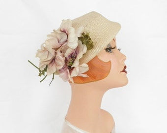 Womans vintage hat, ivory straw with flowers