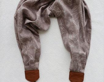 scarf camera strap grey skies autumn weather - BCSCS080