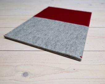 "MacBook 12"" / 13"" Pro Air case in grey and wine red. Ecofabric woolfelt sleeve cover handmade dutch design New MacBook Pro"