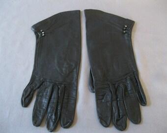 1920s Gloves -  Vintage Black Leather Driving Gloves Size 6