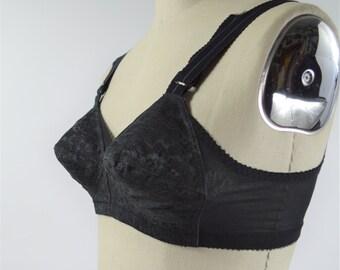 1940s 1950s Black Lace Bra Size 32 B Pointy Bust By Sears Roebuck & Co