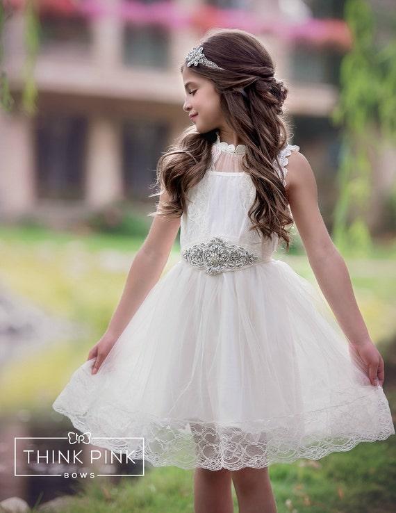Robe de fille de fleur, robes de fille de fleur, robe de fille de dentelle Ivoire, robe bébé Ivoire, pays rustique fleur fille robe en tulle, robe de baptême,
