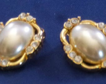 Vintage Gold Tone Faux Pearl and Rhinestone Clip On Earrings, 1980s